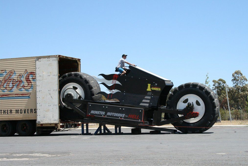 Biggest Motorbike (Monster Motorbike 20 ft long, 13 ton weighs)